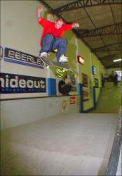 Rafael Cabral, flip passando todo o fun box