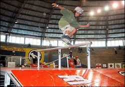 Vanderlei Arame, segundo colocado no iniciante, feeble grind 180º out