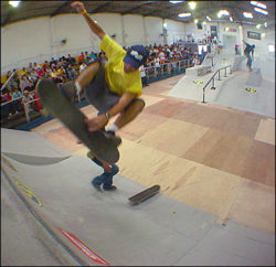 Guilherme Pequeno, flip indy to fakie