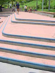 Vista da escadaria double set do Sesc Interlagos, primeiro obstáculo do Desafio de Rua