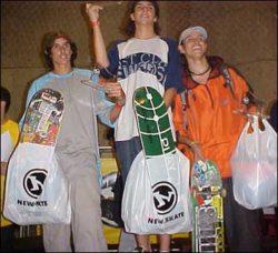 Pódio do amador: Secco (segundo), Flavinho (primeiro) e Raninho (terceiro)