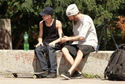 Bruno Nones e Henrique Kico em Praga (foto Leandro Moska)