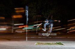 Dwayne Fagundes: hardheelflip (SP). Foto: Vinicius Branca