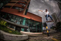 Arnowdy: Bs flip - Foto: Lucas Marco