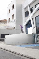 Marcos Noveline: backside rockslide. Foto: Allan Carvalho