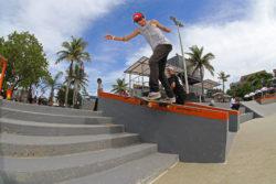 Anderson Resende - BS Tail Slide (Foto: Júlio Detefon)