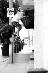 Talles Silva: Flip Backside Smithgrind / Foto: Allan Carvalho