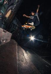 Fakie flip (foto Rafa Webber)